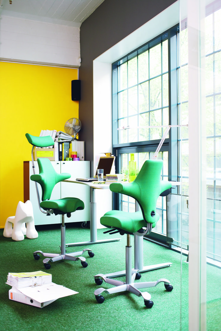 Great office environment with our green HÅG Capisco #InspireGreatWork #office #design #Scandinavian