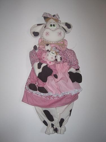Vaca puxa saco. http://franmoldeseriscosparaartesanato.blogspot.com.br/2010/11/moldes-vaca.html..