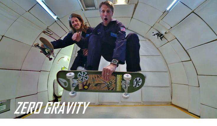 Tony Hawk et Aaron Homoki s'offrent une session skate en apesanteur  #tonyhawk #skate #skateboard