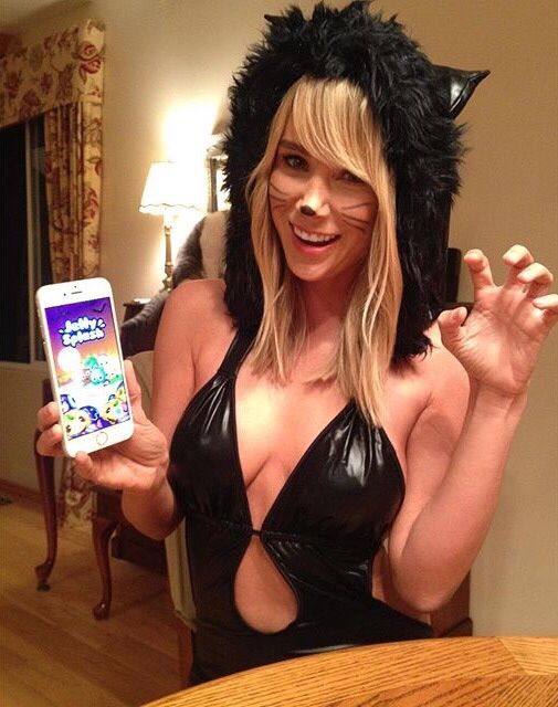 119 Best Celebrities In Halloween Costumes Images On