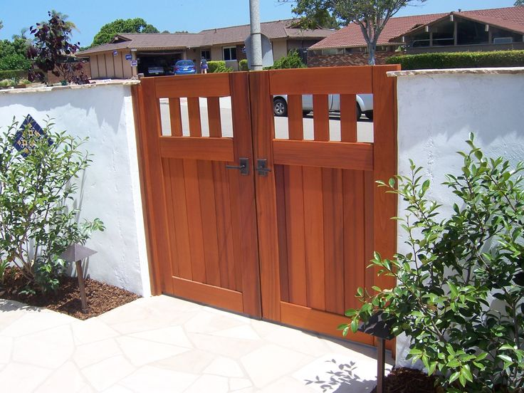 25+ Best Ideas About Wooden Garden Gate On Pinterest | Metal