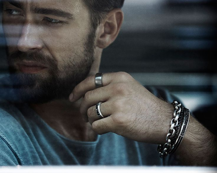 Be a Man: Wear Jewelry