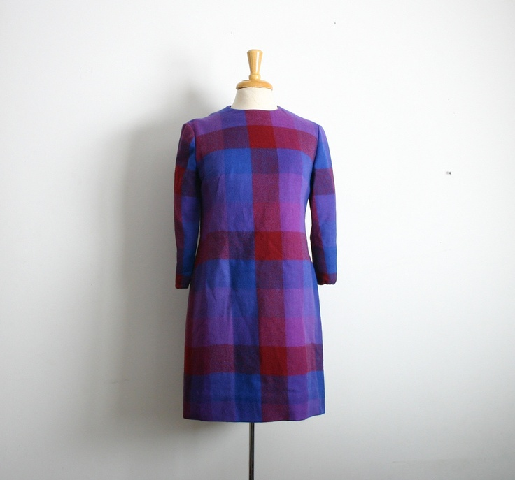 1960s plaid cobalt blue and burgundy a-line tunic/ shift long sleeve dress size medium
