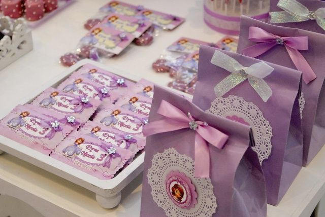 Favors at a Sofia the First Party #sofiathefirst #party:
