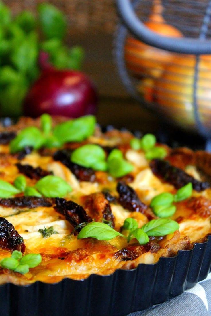 Kakkuviikarin vispailuja!: Broileri-mozzarellapiirakka