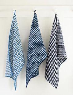 Her er tre udgaver af vævestrik, brugt til kønne og brugbare håndklæder. Du strikker kun med en farve ad gangen, og der er ingen løkker på bagsiden. Læs mere ...