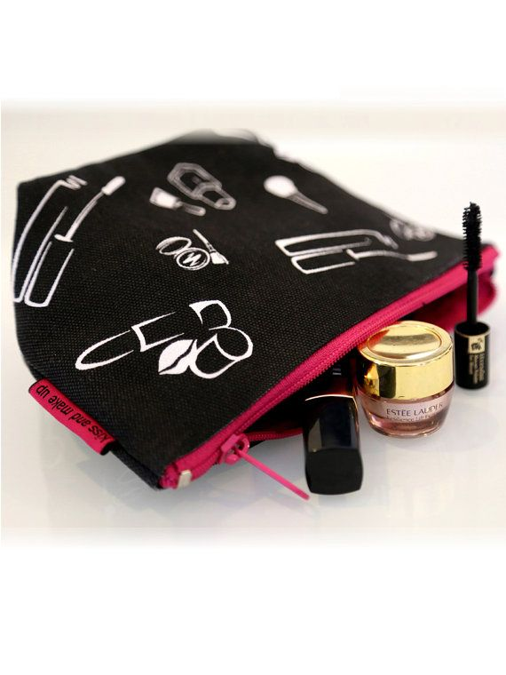 Kiss & Make Up Pouch