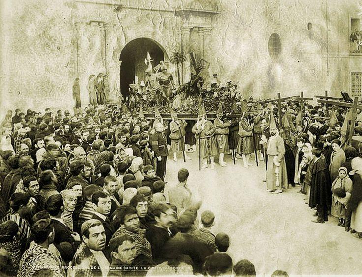 Viernes Santo en Murcia, iglesia de Nuestro Pade Jesus, Procesion de los Salzillos. Caida, S. XIX