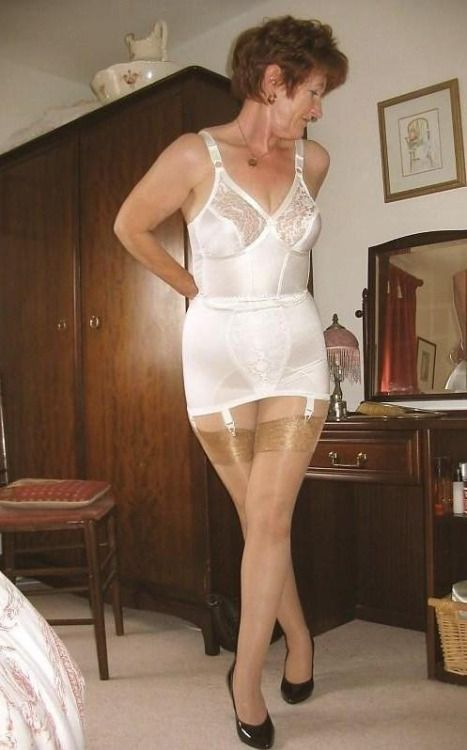 Mature Ladies Wearing Girdles