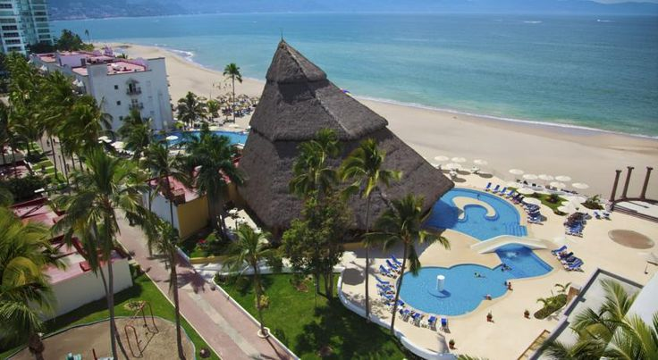 Krystal Vallarta Puerto Vallarta This beach front Mexico resort is located on Banderas Bay. This hotel features 3 outdoor pools, 7 restaurants and bars, a nightclub and a full service spa.  The resort has a tour desk and guests can request spa services and boat tours.