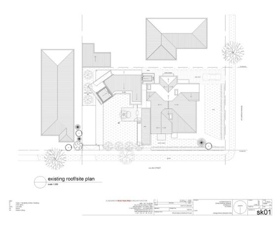 Reid house, existing roof and site plan, simple, to scale, different from sketches and diagrams, basic font, contrasts with diagrams and sketches.     http://www.maynardarchitects.com/Site/houses/Pages/Reid_House.html#0