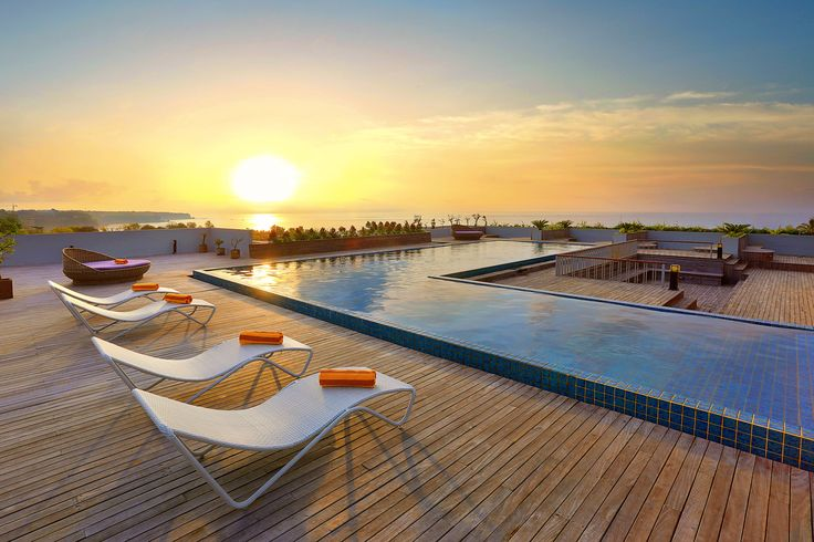 A sunset view at the rooftop pool facing Hindian Ocean