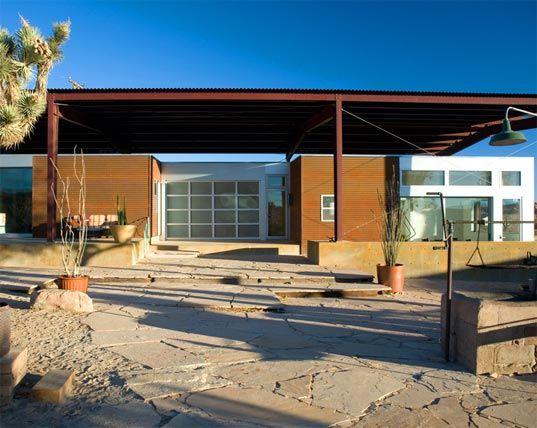 California Desert Home Uses Passive Ventilation Techniques