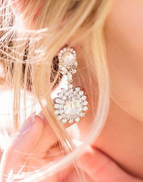 White Gold Bridal Earrings Chandelier Swarovski Crystal Jewelry Classic Silver Wedding Earrings Drop Earrings Wedding Jewelry for the Bride, Accessories, Cubic Zirconia, Hypoallergenic