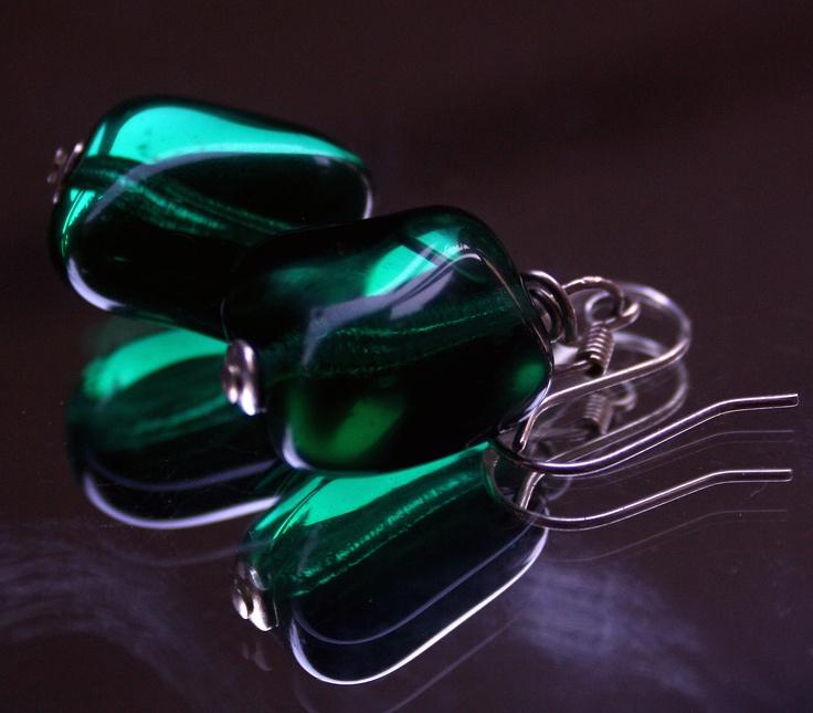 vihreät korvakorut, itse tehdyt