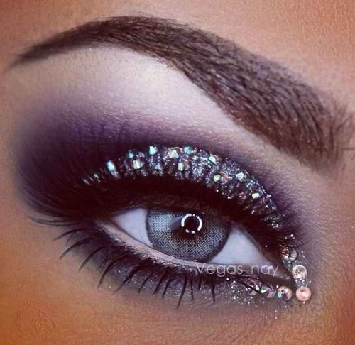 Rhinestone, Silver and Black Smokey Eye Makeup - Lashes - Gorgeous! ❤︎