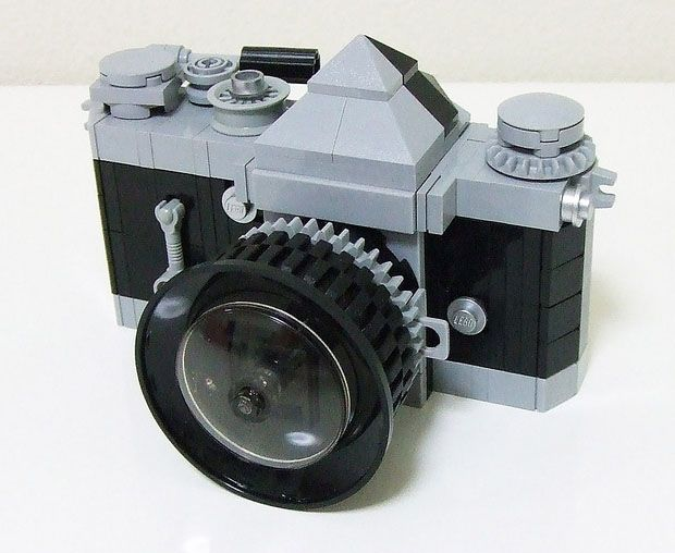 Nikon F SLR Recreated with LEGO