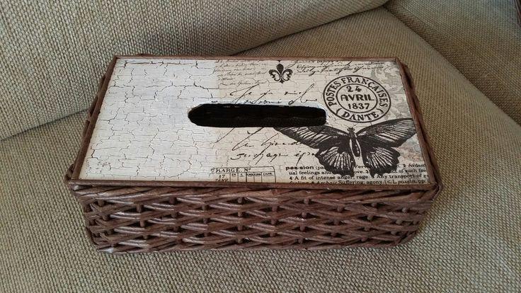 pletení z papíru - krabička na kapesníky tzv. kapesníkovník