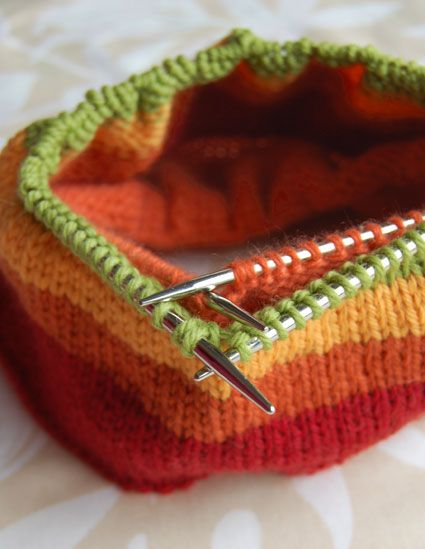 Great technique for lining a hand knit ski/snowboard hat..... cashmere-lined wool hat .... mmmmm .... Yes please!