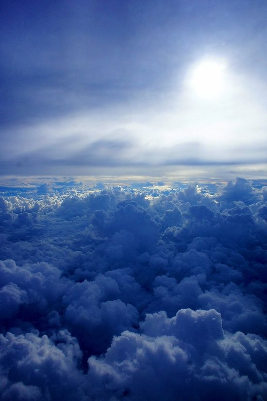 """blue Clouds       Some blue-eyed Irish lady was like """"Feck the rain"""" n getting agressive with me on FB. Clouds are often blue I can see clearly that shes insane.I see nature as part of a interwoven or locking design"""