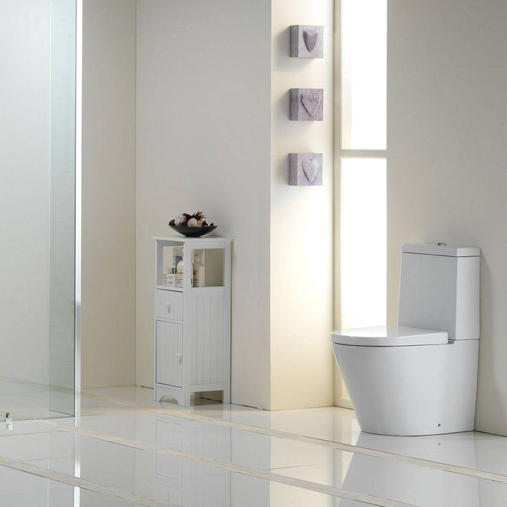 Demar Close Coupled Toilet inc Seat - Now £159. www.victoriaplumb.com