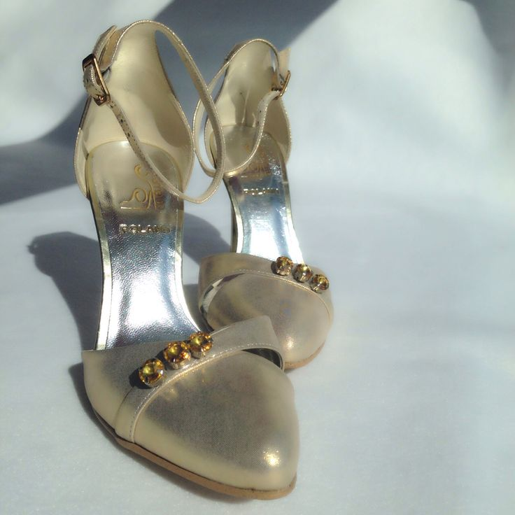 Gold with jewelry shoes