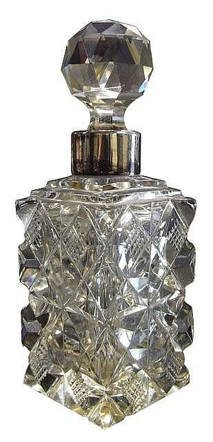 Sterling silver and cut glass perfume bottle, London 1899
