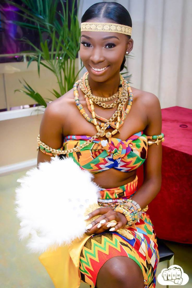lifegoals ghanaian woman celebrates 25th birthday in stunning traditional attire