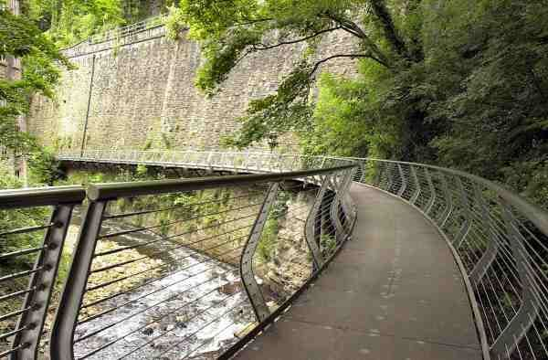 Torrs Millennium Walkway, New Mills Walk - Discover Derbyshire and the Peak District