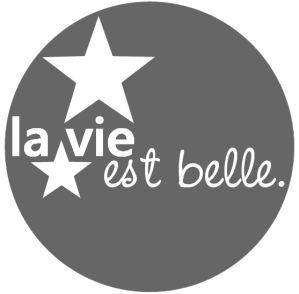 la-vie-est-b1.png par LAURENCE (13-9-2011)
