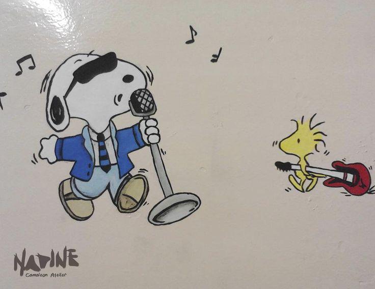 """Sala de música - tema """"Snoopy"""" Feita com tinta de parede e pigmento."""