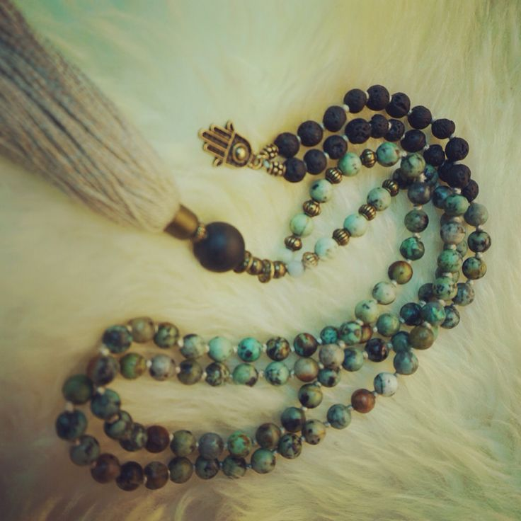 African turquise malabead necklace