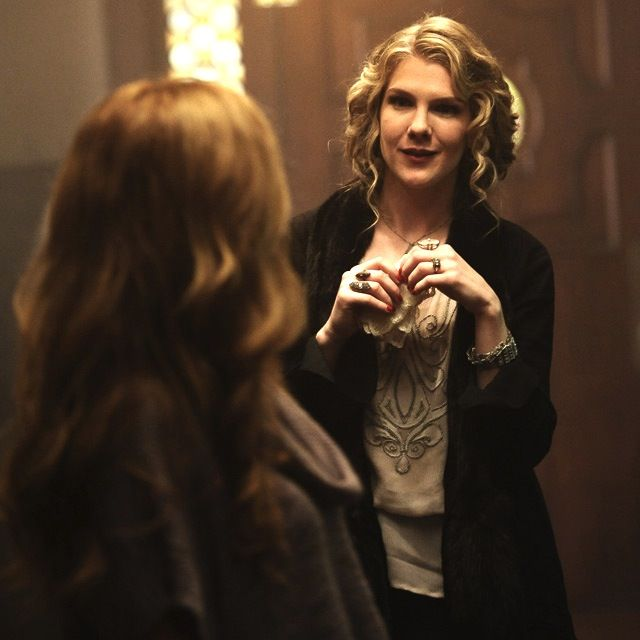 Lily Rabe as Nora Montgomery, AHS : Murder House
