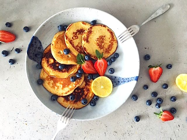Hello pancake fans.Need some motivation to get out of bed in the morning?  Today I'm sharing my favourite pancake recipe what a gut healthy twist.  It's my favourite weekend go-to breakfast.Sometimes the flipside of pancakes is their unhealthy rep