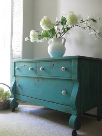 turquoise with gray walls: Antiques Paintings, Teal Paintings Furniture, Home Interiors, Turquoise Dressers, Antiques Turquoise Furniture, Bedrooms Dressers, Gray Living Rooms, Gray Wall, Living Rooms Turquoise