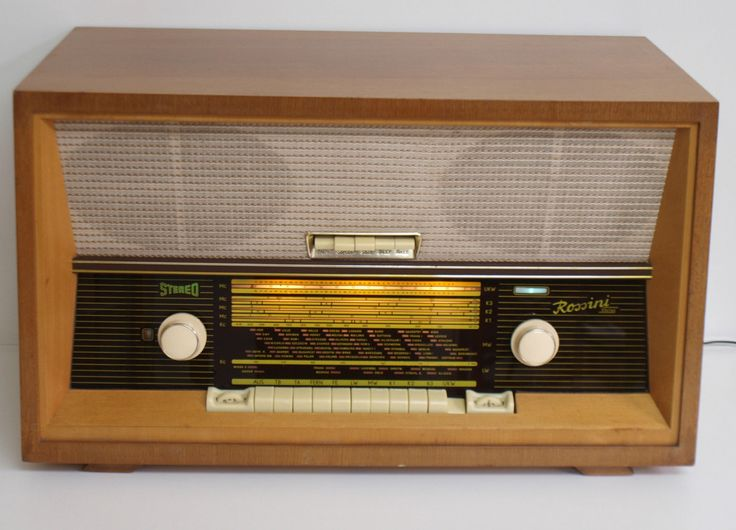 Röhrenradio 50er 60er Jahre Radio RFT Goldpfeil Rossini Stereo 6002 restauriert