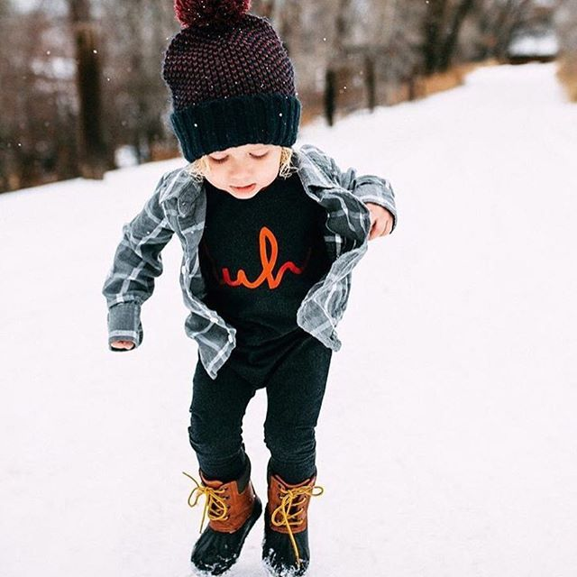 || this couldn't be more perfect❄️ || Red foil duh Rags to Raches kid romper  http://ragstoraches.com/