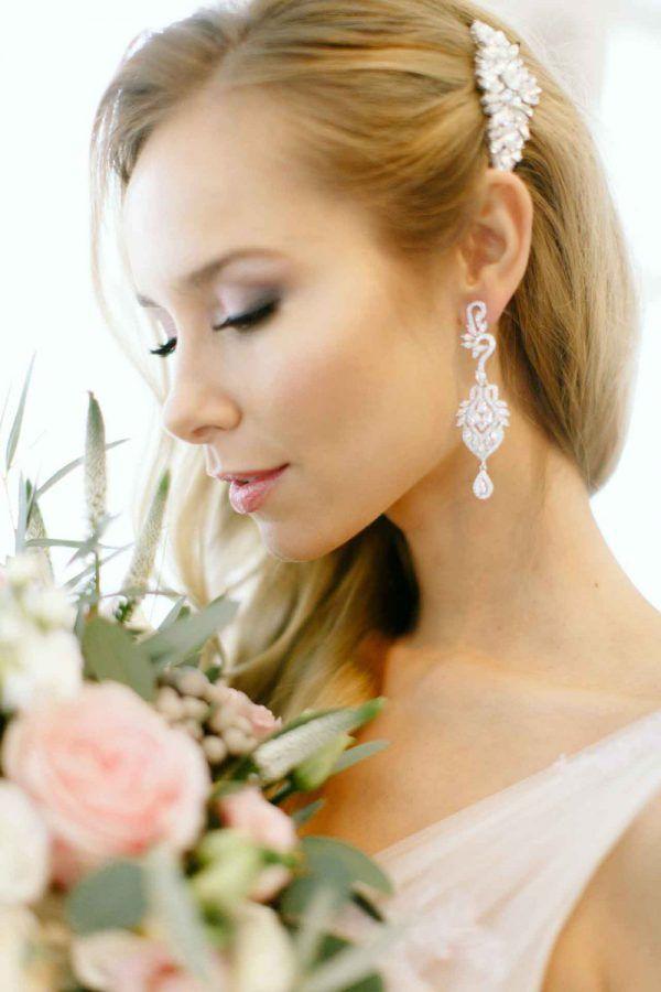 oryginalna biżuteria ślubna by Novia Blanca http://smartbride.pl/firmy/novia-blanca/