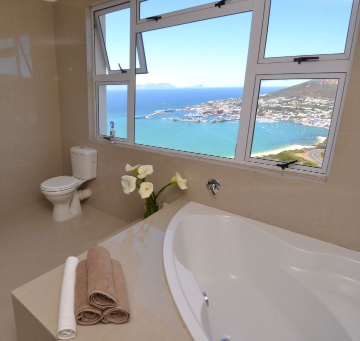 Soak in the hot tub in the bridal suite and just take in the awesome view...
