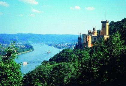 Schloss Stolzenfels (1:32h from Messel)