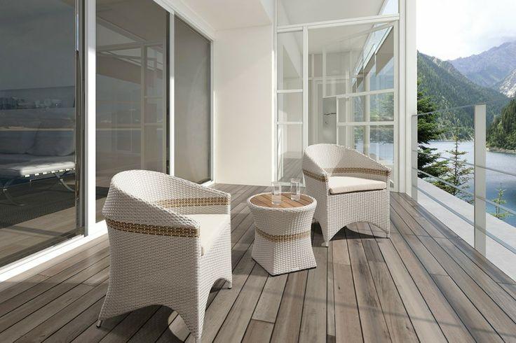 De stoelen van AMIGO staan niet alleen heel sfeervol op een balkon, dakterras of in uw entreehal.... maar kenmerken zich vooral ook door exclusief zitcomfort, topkwaliteit materiaal en Sunbrella® stoffen (www.sunbrella.com). http://www.higoldeurope.eu/collectie/amigo/