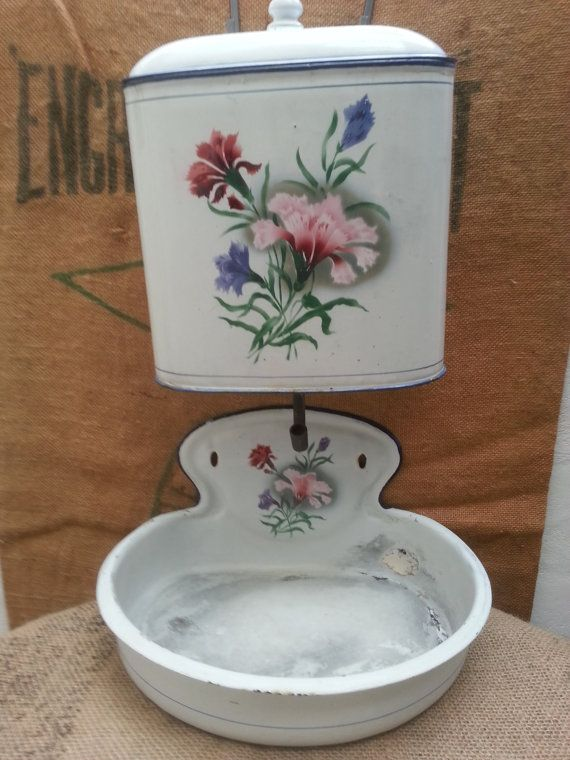 Hey, I found this really awesome Etsy listing at https://www.etsy.com/uk/listing/262484875/french-wall-mounted-lavabo-vintage