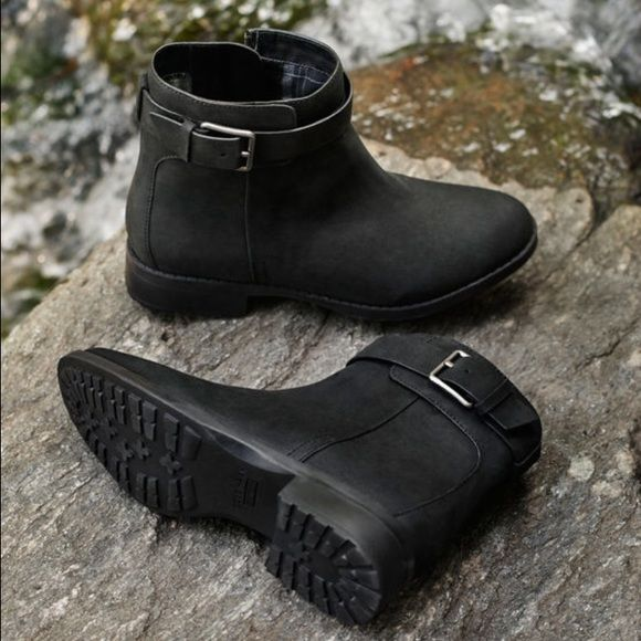 Flash saleNWT Cole Haan waterproof booties Beautiful booties, Brand new with box✨(Cheaper on Ⓜ️ercari) Cole Haan Shoes Ankle Boots & Booties