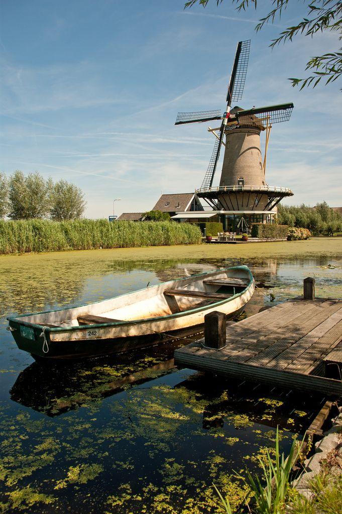 Molenaarsgraaf, Zuid-Holland, Nederland…