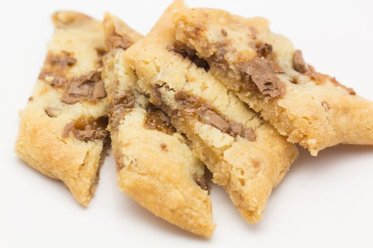 Sega, goda kakor med daim. Baka dessa, du kommer gilla dem :) Kolakakor är enkla att baka och man kan lätt variera på smaken. Ka...
