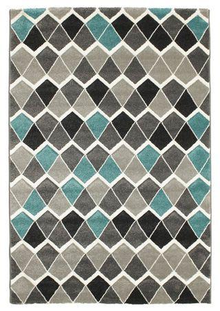 Te nowoczesne dywany są dostępne w wielu rozmiarach oraz wzorach i mogą się stać pięknym, centralnym punktem Twojego domu. Ich wyjątkowe motywy dekoracyjne są podkreślone w oryginalny sposób – poprzez ręczne przycinanie włosia, co nadaje powierzchni dywanu charakteru reliefu.