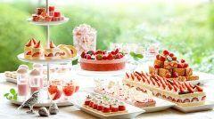 帝国ホテル大阪でもいちごスイーツブッフェが開催中 どれも美味しそう 帝国ホテルの伝統が詰まった苺のショートケーキ(.) それから苺のミルフィーユ焼きたてパンケーキ苺とクランベリーのパウンドケーキなどなどいちごスイーツをメインにパスタやピザなどの軽食もありますよ 開催は4月30日まで春休みはここに決まりですね 詳しくは画像をクリック  #スイーツ#いちご#春#食べ放題#帝国ホテル#大阪#関西#ショートケーキ#ミルフィーユ#ケーキ#ムース#タルト tags[大阪府]