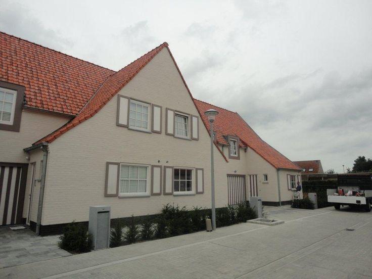 Houten ramen met luiken. Ideaal voor de landelijke woning!