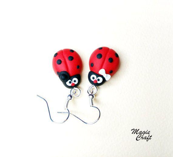 Orecchini in Fimo Coccinella Polymer Clay ladybug di MagieCraft