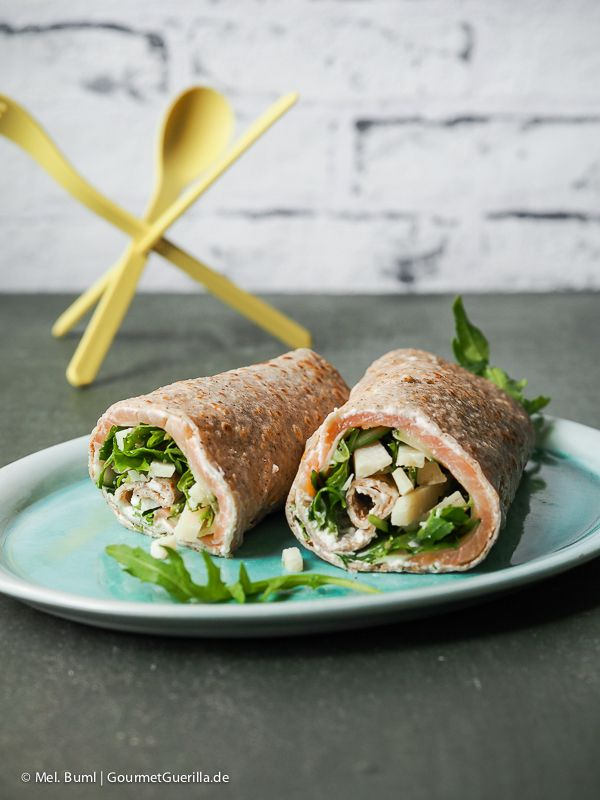 Pikante Buchweizen-Wraps mit Lachs, Rucola und Parmesan | GourmetGuerilla.de